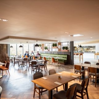Restaurant Furniture at The Holiday Inn Winchester By DeFrae Contract Furniture