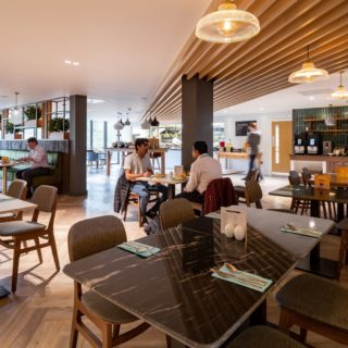 Holiday Inn Winchester Bar Restaurant Furniture by DeFrae Contract Furniture