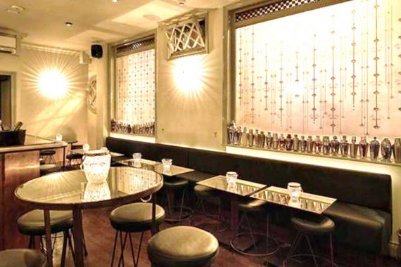 Banquette seating at The Gibson Bar in Old Street London by DeFrae Contract Furniture.