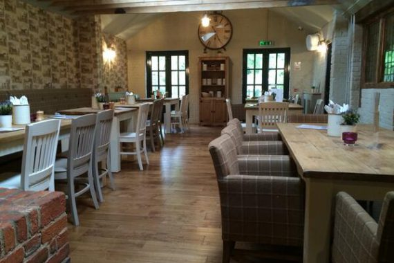 The Three Colts Pub Buckhurst Hill Essex Restaurant Furniture by DeFrae Contract Furniture