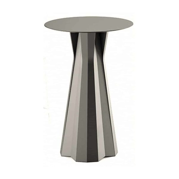 Frozen table outdoor use Plust at DeFrae Contract Furniture