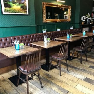 Button Back Banquette Seating Pub Restaurant Furniture by DeFrae Contract Furniture at The Nightingale Pub Wanstead 3