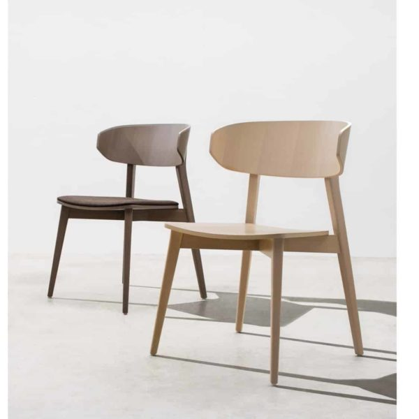 Hellen Plus SE01 Wooden Side Chair with curved back rest DeFrae Contract Furniture ambient images