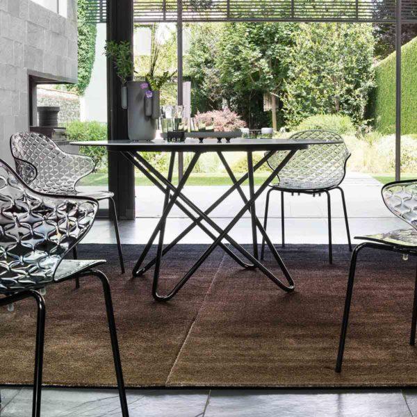 Stellar Table Calligaris at DeFrae Contract Furniture in situ
